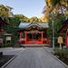 中津宮の境内には江戸歌舞伎関係者が奉納した燈籠も
